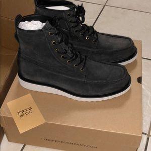 FRYE Men's 10.5 boot